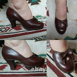 1940s Deadstock Vintage Shoes Brown With BOW pin Up Hollywood