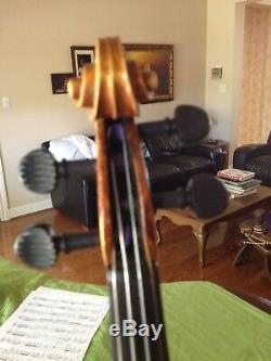 Antique handmade German Violin from the 1900's in pristine condition, two bows