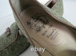 Bow Tie Originals Made By Hand Tweed Loafer shoes Size 9