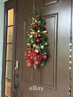 Burgundy Crest Print Bow WALL TREE. Cordless Light With Timer