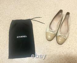 Chanel Vintage Beige Ivory Logo Bi-colour CC Bow Ballet Ballerina Flats 38.5/5.5