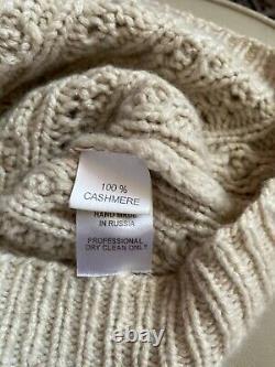 OSCAR DE LA RENTA Pure Cashmere Hand Made Sweater. Size S