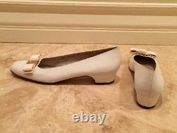 SALVATORE FERRAGAMO Winter White Gold Vara Bow Leather Flats 8.5 4A Italy NEW