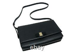 Salvatore ferragamo women's vara bow strings Shoulder bag-new