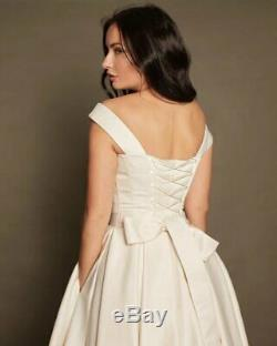 Short Wedding Dress Size 4 by VehovaDresses Tea Length Wedding Dress Ivory