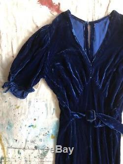 Vintage 1930s Blue Silk Velvet Evening Dress Open Bow Sleeves Keyhole Back Deco