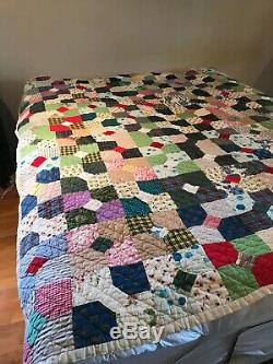 Vintage 1940's Handmade Hand Stitched Quilt (Bow Tie Pattern)76 x 69