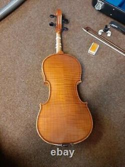Violin 4/4 full size handmade with bow, rosin and case