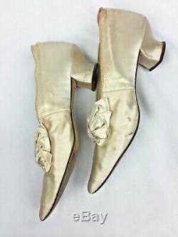 Wedding shoes vintage Cammeyer satin and leather sole handmade w bows